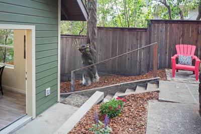 Urban Craftsman Townhomes yard 2