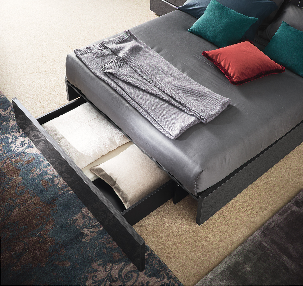 Versilia Bedroom - Bed with drawers