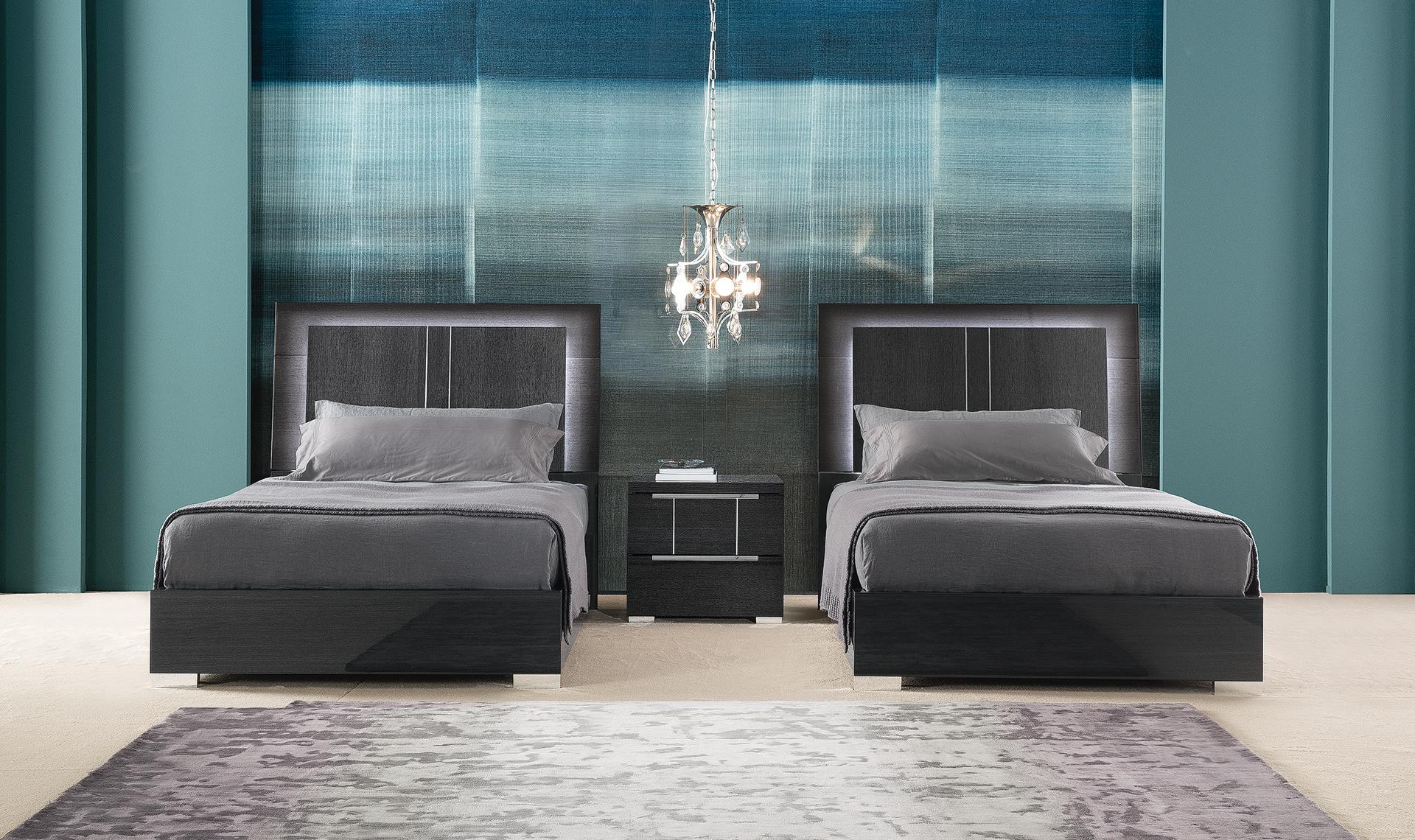 Versilia Bedroom - 2 Full Size Beds