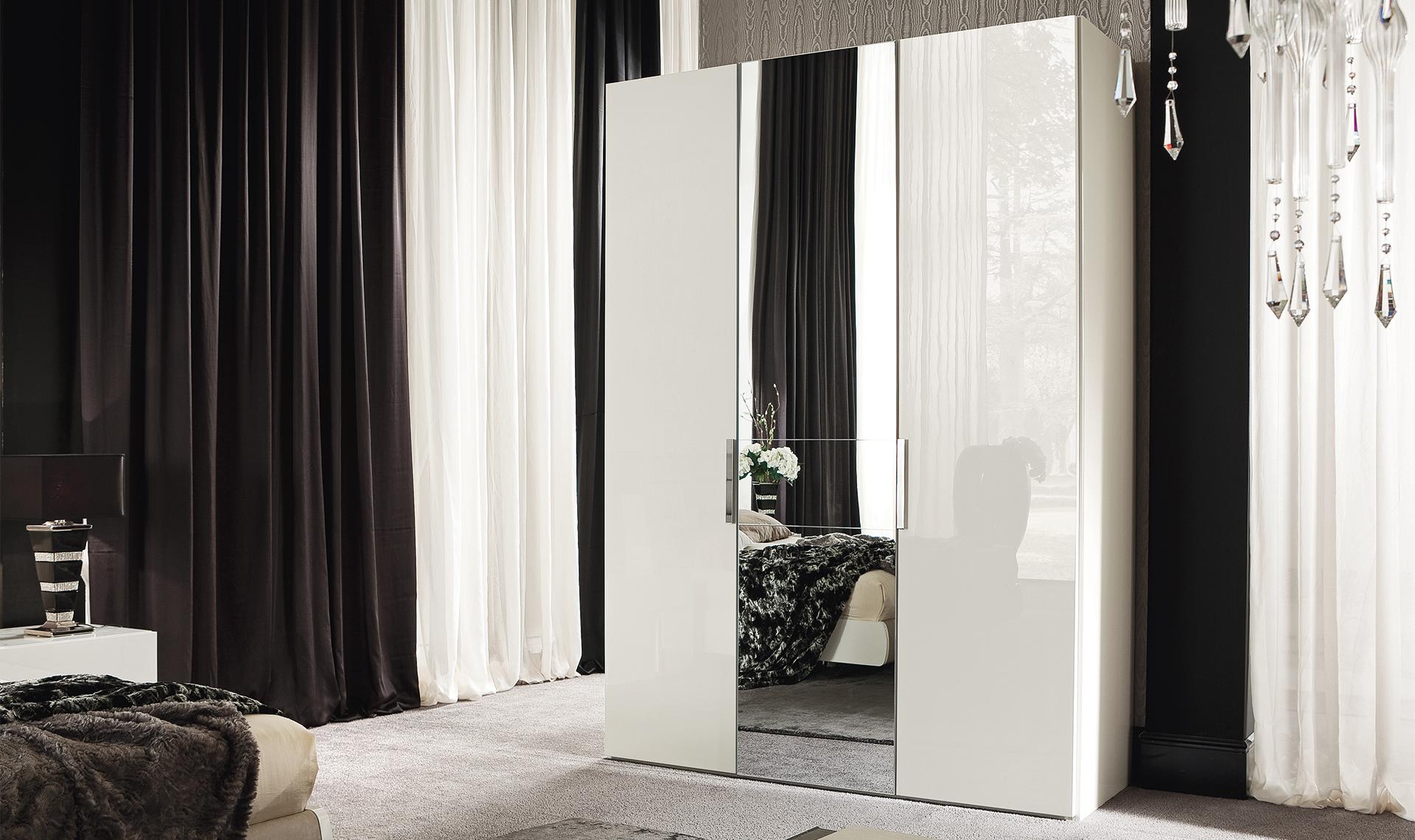 Canova Bedroom 3/D Swinging Wardrobe