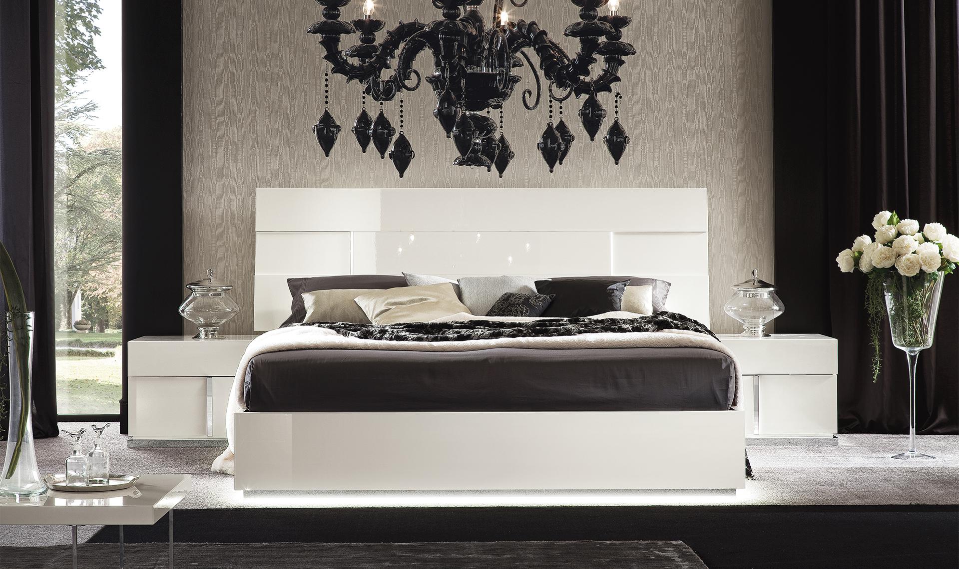 "Canova Bedroom Q.S/UK 5"" Bed Straight view"