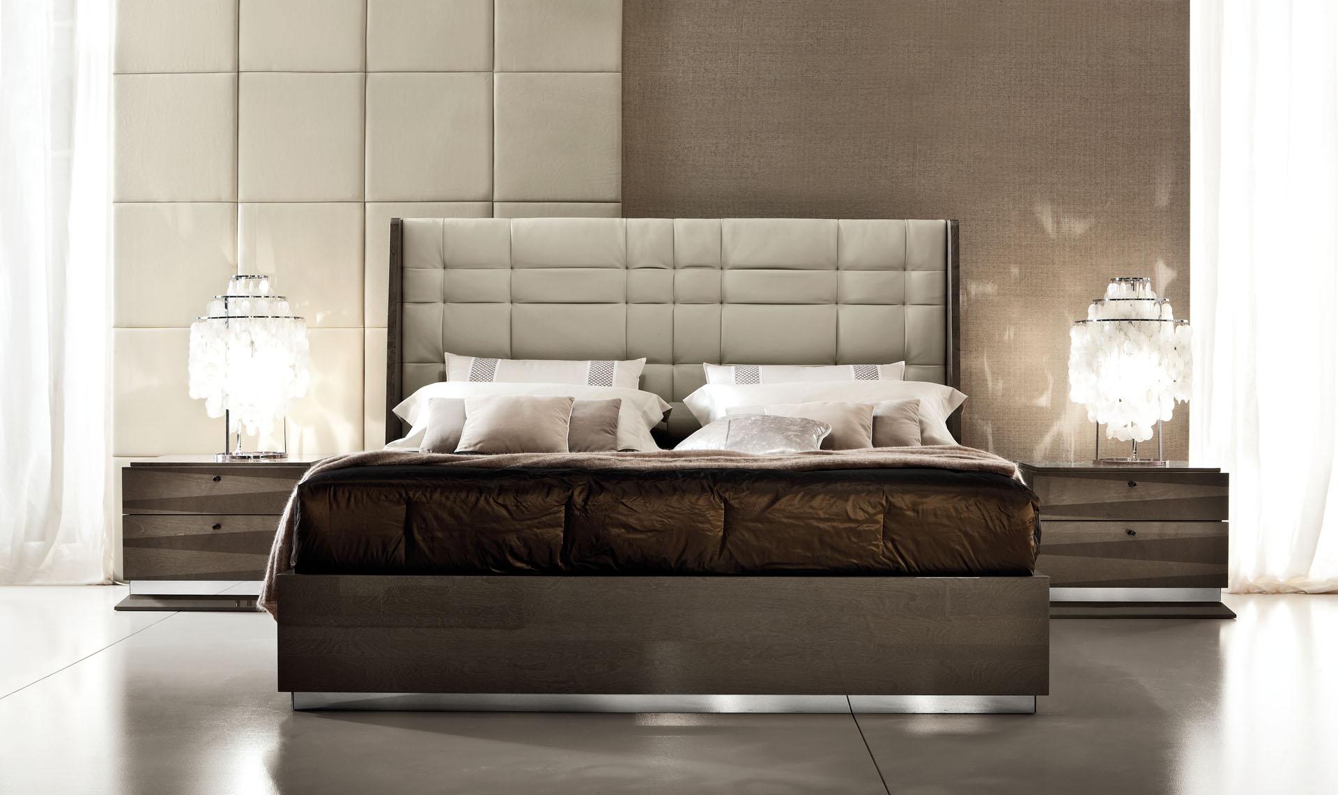 Monaco  Bedroom Straight view
