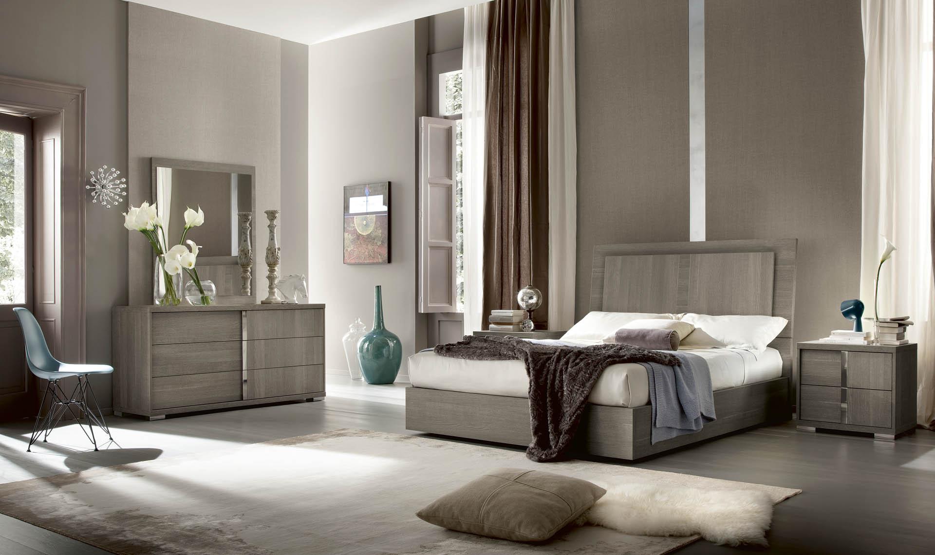 Tivoli Bedroom Overview