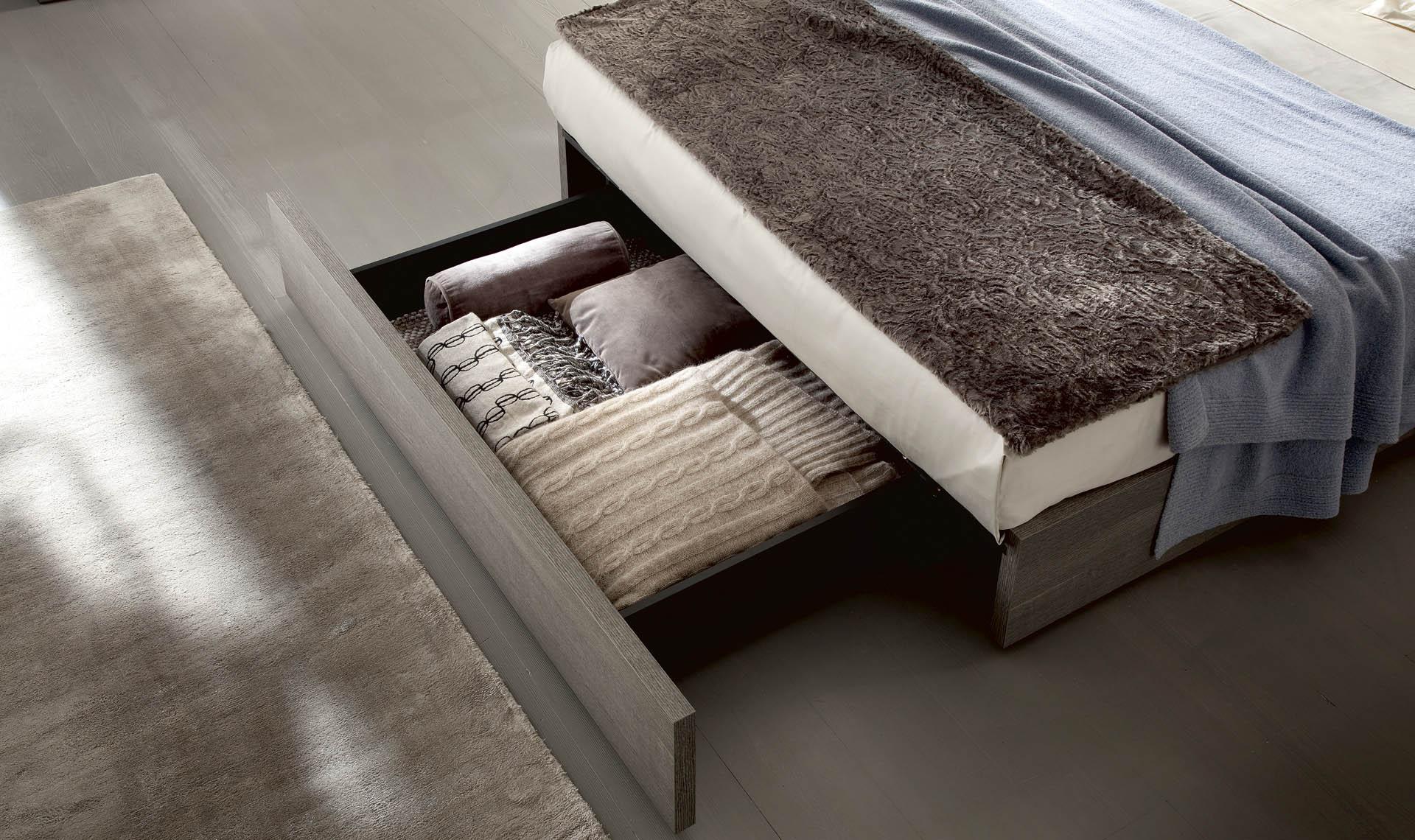 Tivoli Bedroom Bed Details