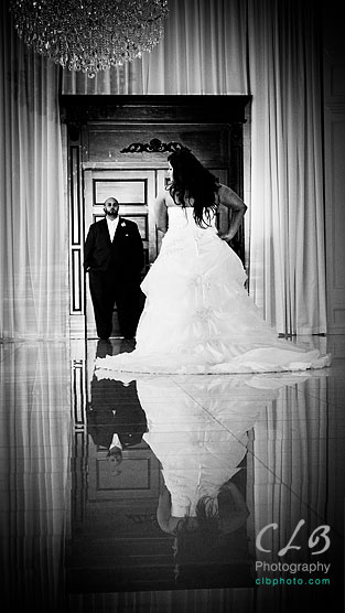 bride-and-groom-at-gramercy-lakeside-manor-hazlet-NJ