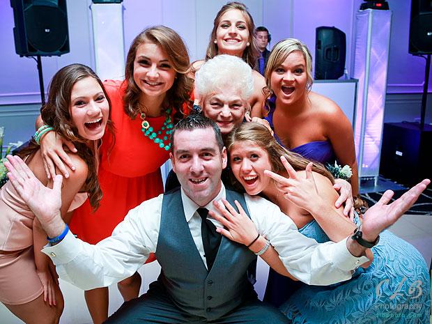 wedding-party-at-lakeside-manor-hazlet-NJ