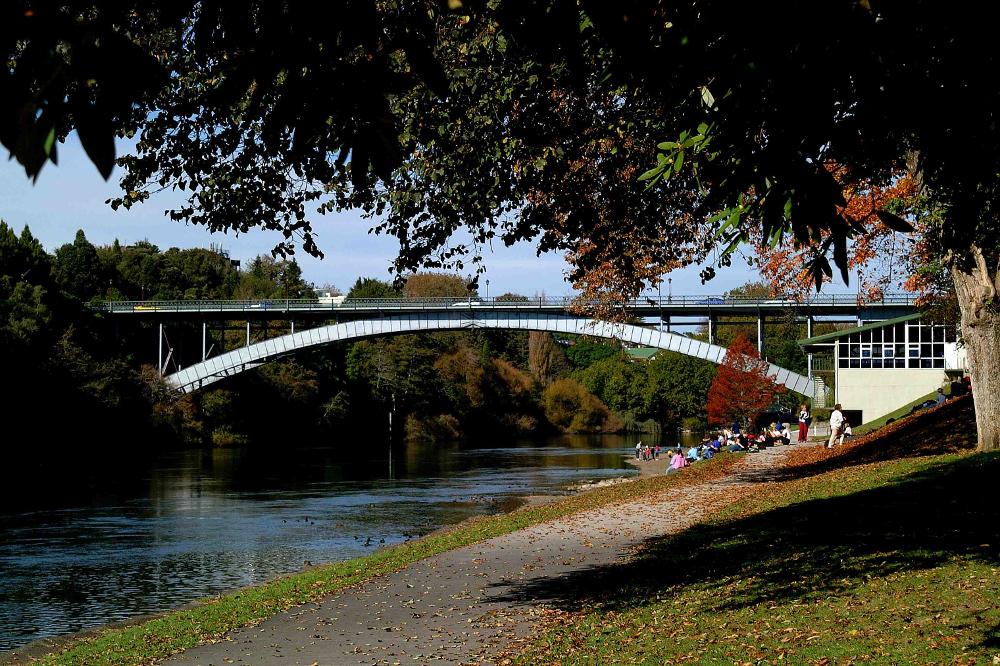 53cf0431dd91f51e5509b9c4_Victoria-Bridge-Hamilton666.jpg