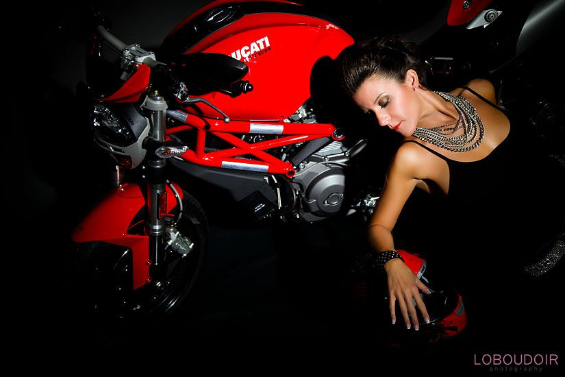 motorcycle boudoir photographer