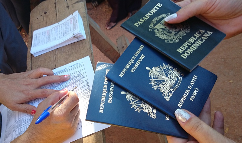 548b44e89746ad932e4d95ea_passaportes.jpg