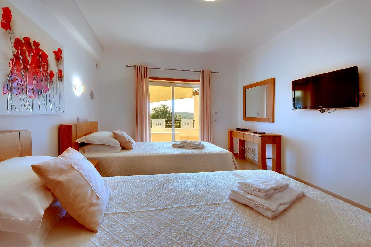 Casa Icarus Double Bedroom 1