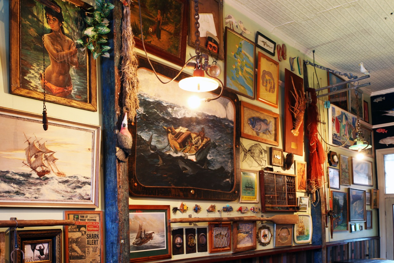 Rodney's Bait n' Tackle interior