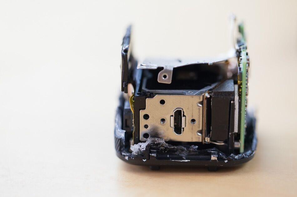 GoPro session micro-USB port