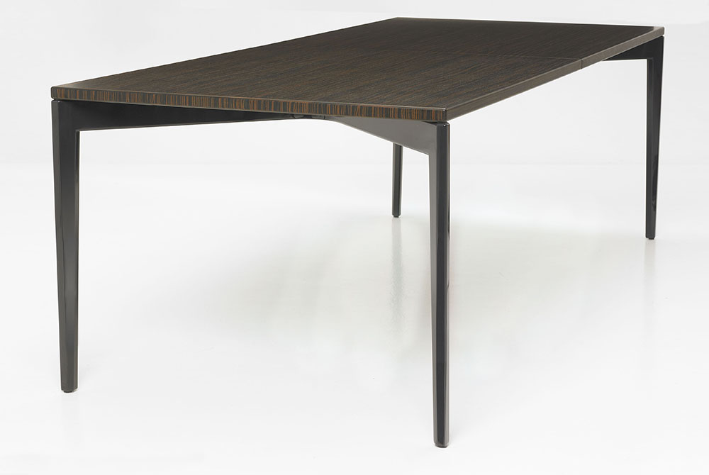 taut expandable table