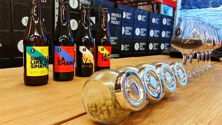 Bières, malts et houblons à la brasserie Brussels Beer Project à Bruxelles