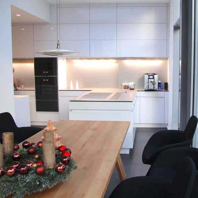 Küchen unserer Kunden – Küchenstudio küche und raum