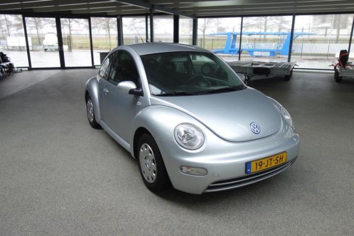 Volkswagen NEW Beetle 1.6 75KW 2002 Grijs (inruil mogelijk)