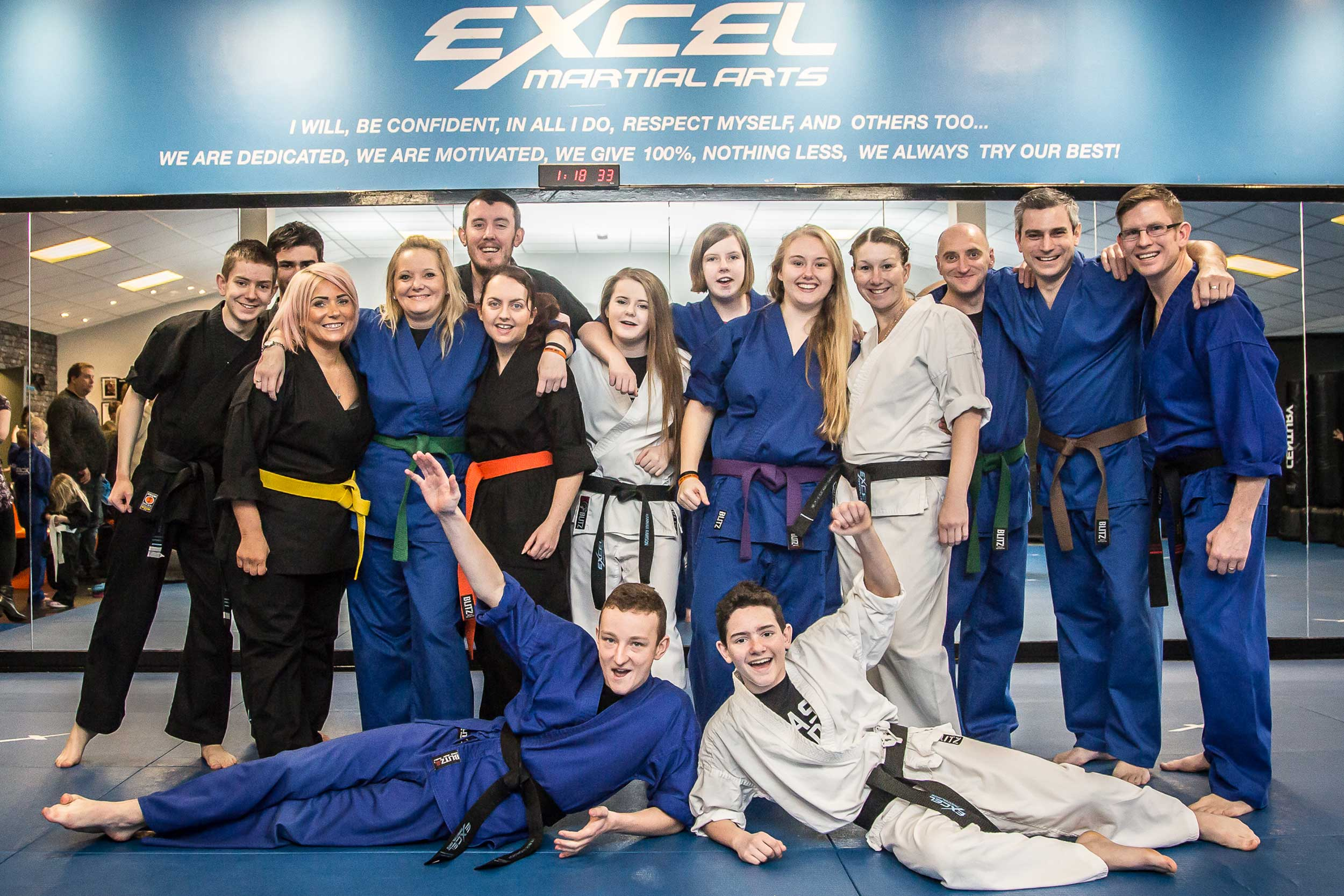 teen and adult karate and kickboxing lessons