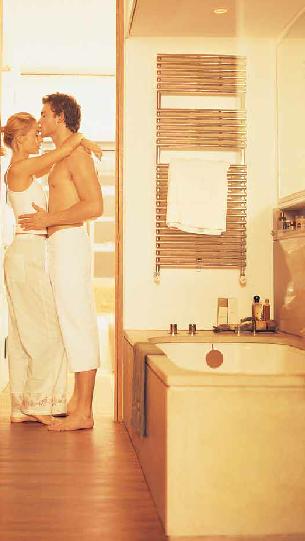 chauffage au sol et chauffage au mur pour chauffage salle de bain. Black Bedroom Furniture Sets. Home Design Ideas