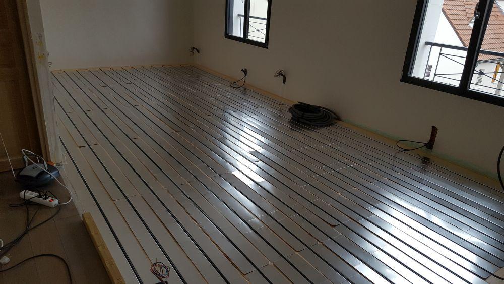 Pose de plancher chauffant Caleosol Tradi XPS avec tuyaux 92000 Nanterre
