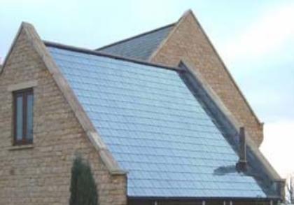 Chauffage solaire piscine par tuile et ardoise solaire for Chauffage piscine panneaux solaires