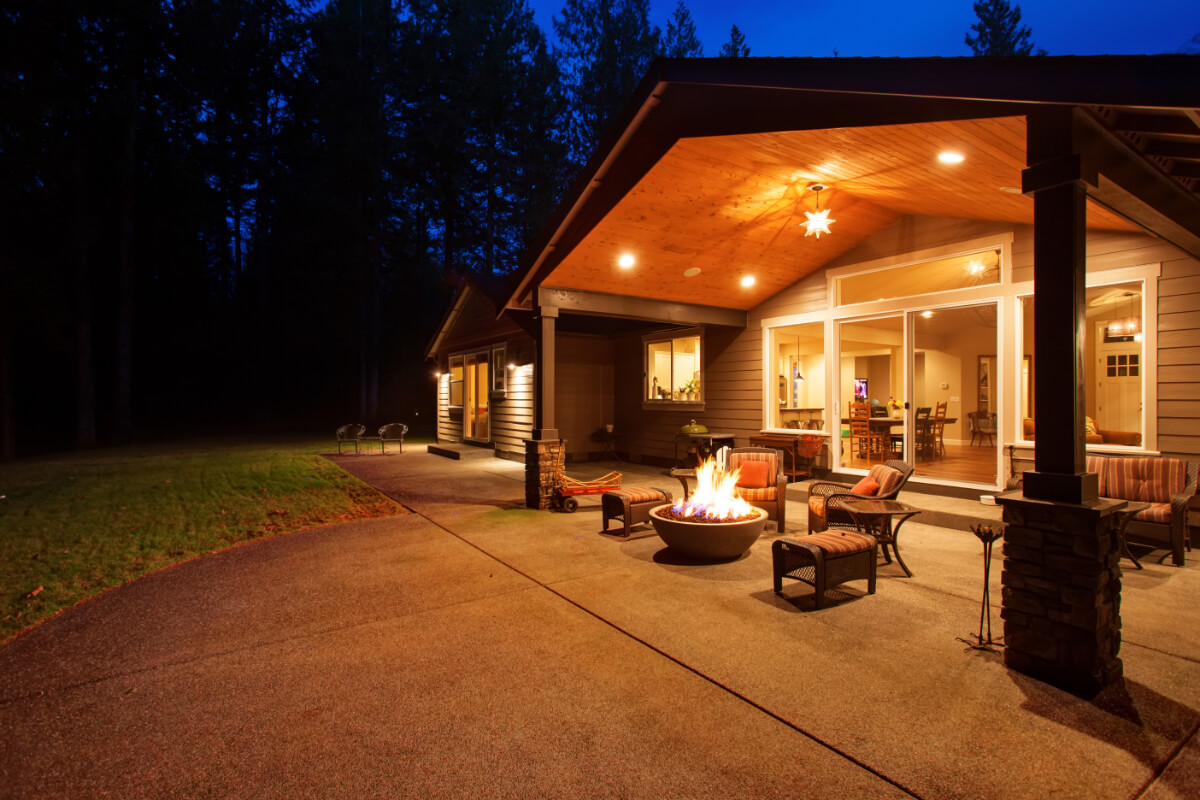 why you should choose a gas fire pit for your backyard margo