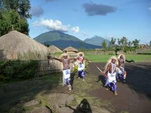 trip193_2_ruanda_ibyi'_stammestanz