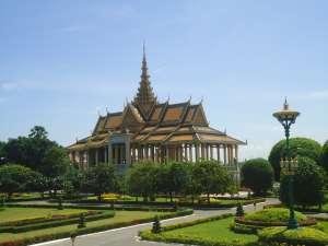 trip180_2_cambodia_phnom _penh_royal_palace