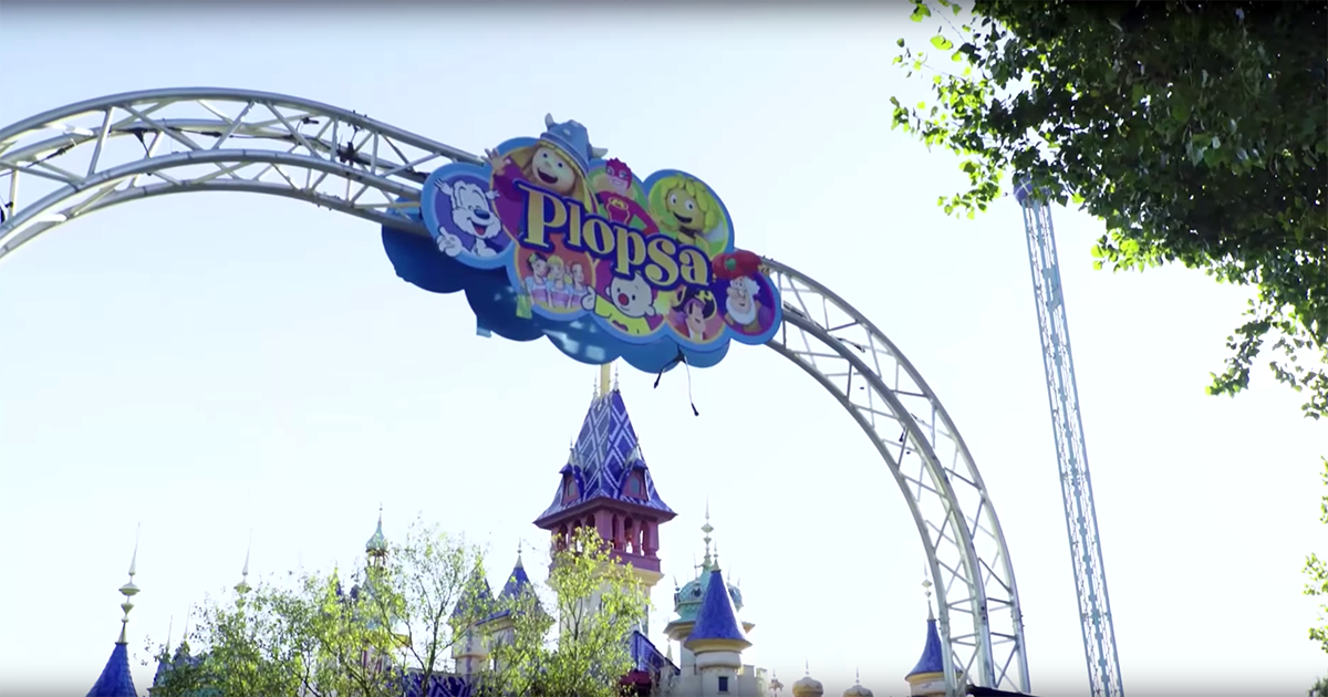 How to overcome old fixed installation limits at theme park Plopsaland De Panne