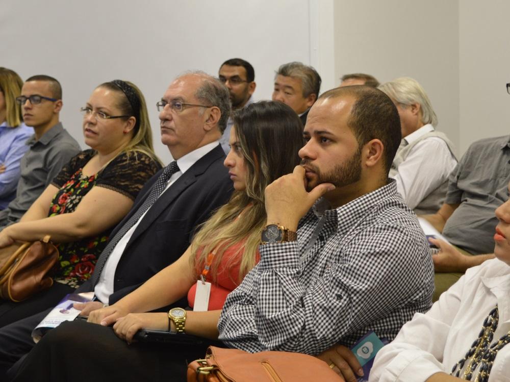 Participantes da palestra sobre Bloco K