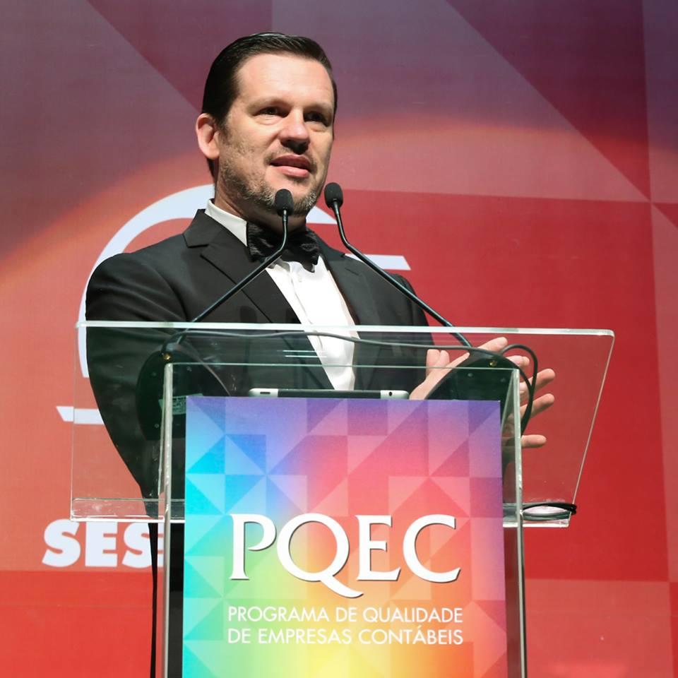 Marcelo Lombardo, CEO da Omie, faz sua fala de abertura do PQEC 2017.