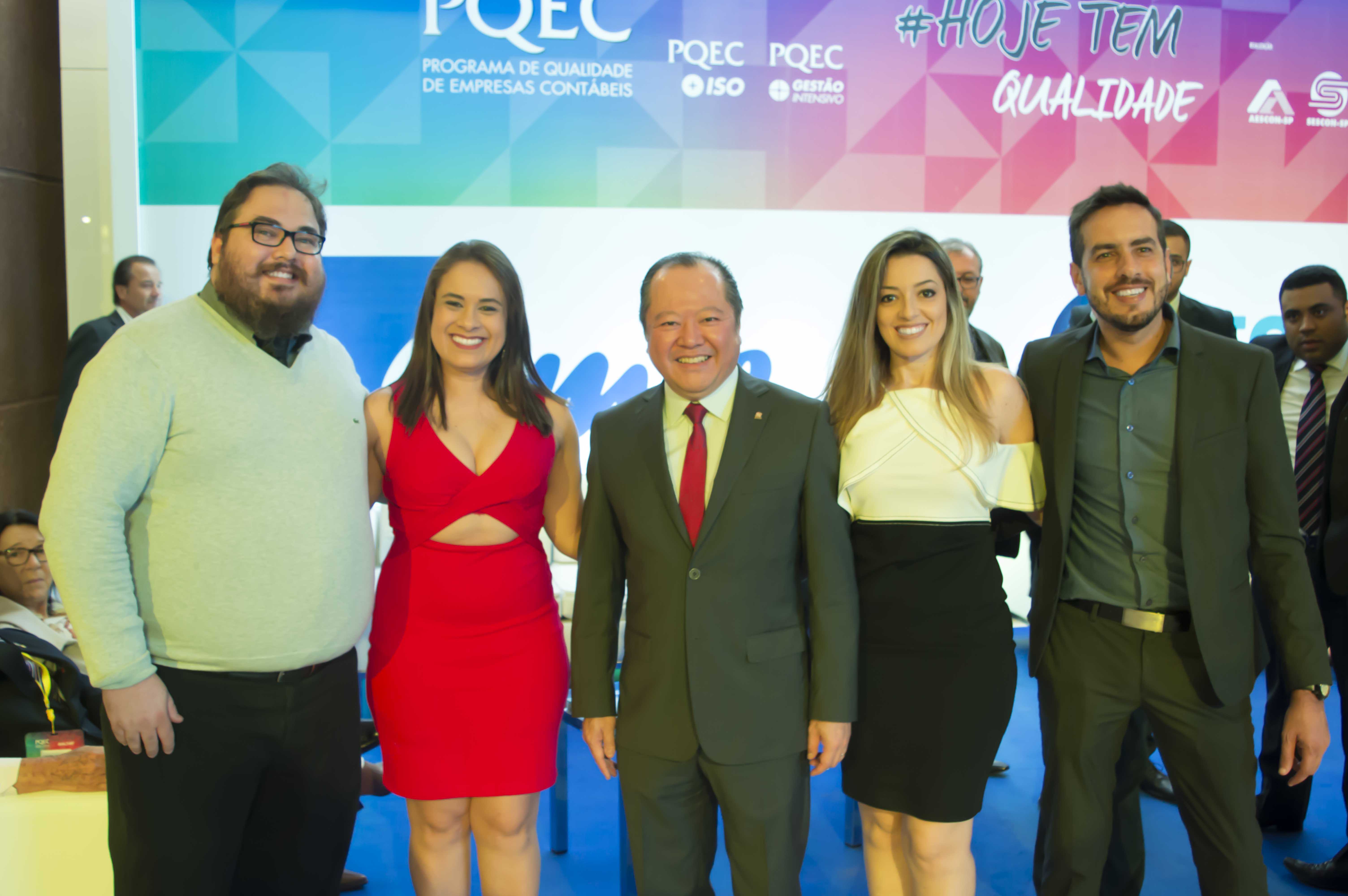 Equipe Omie e Márcio Shimomoto, presidente do Sescon SP no PQEC 2017.
