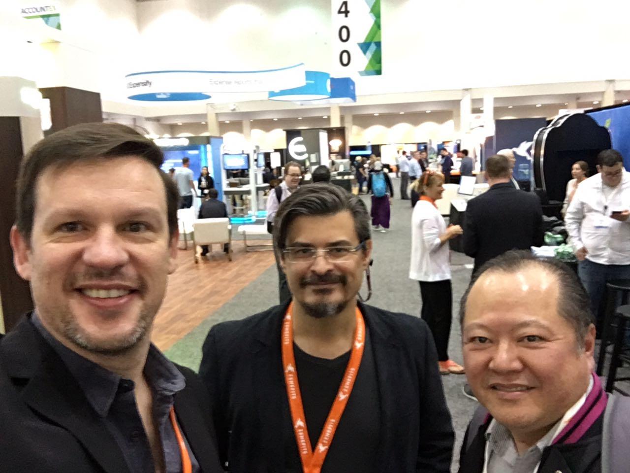 Marcelo Lombardo, Roberto Dias Duarte e Márcio Massao Shimomoto, Presidente do SESCON SP, na Accountex USA 2017