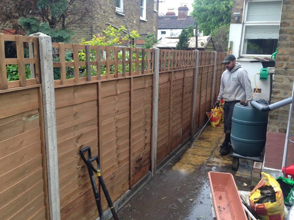 Fencing Contractors North London