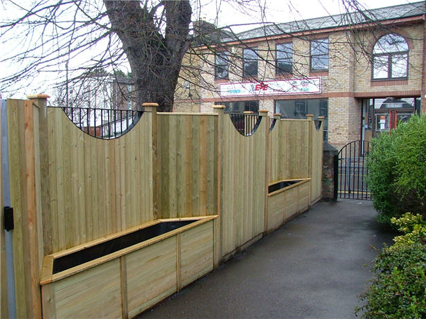 Fencing Contractors North London