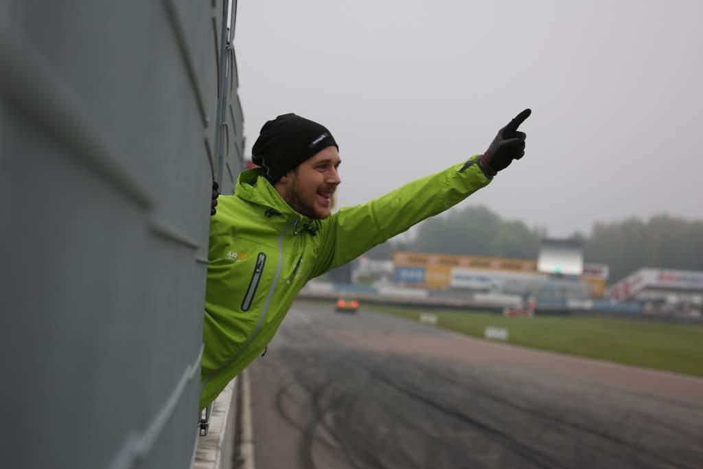 Johan Wärnelöv glad över andraplatsen i Clio Cup på Mantorp Park