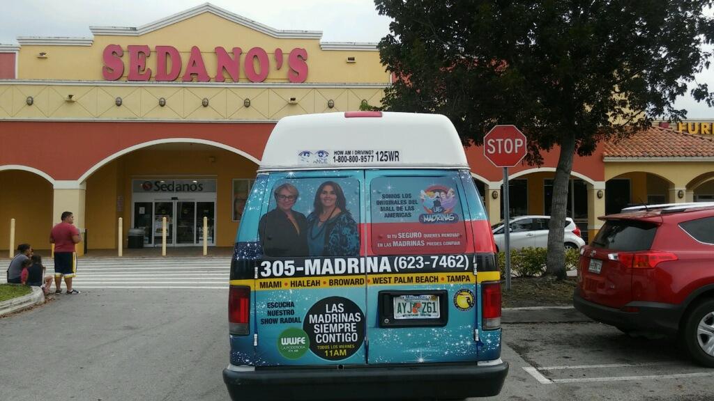 """Las Madrinas"" Shuttle back wrap"