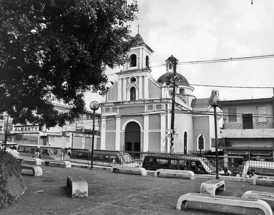 Parroquia San Fernando, en el Pueblo de Carolina, Carolina, Puerto Rico.