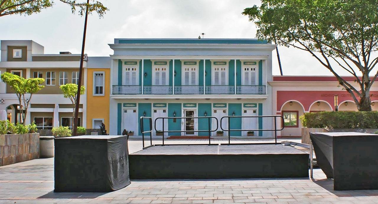 Museo Casa Escuté y Plaza del Pueblo de Carolina, Puerto Rico.
