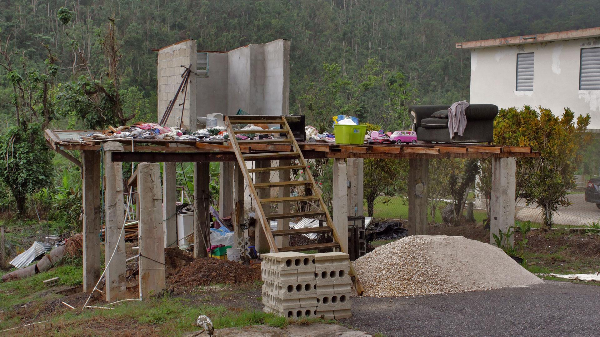 Foto de casa destruida en Orocovis, Puerto Rico.