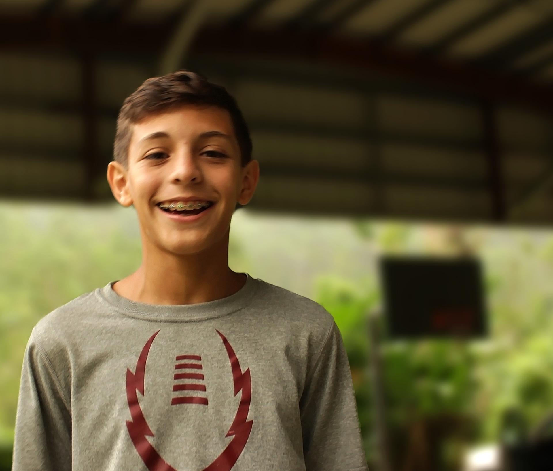 Julio Andrés, de Parque Escorial (Carolina) en su visita a Orocovis, Puerto Rico tras el Huracán María.