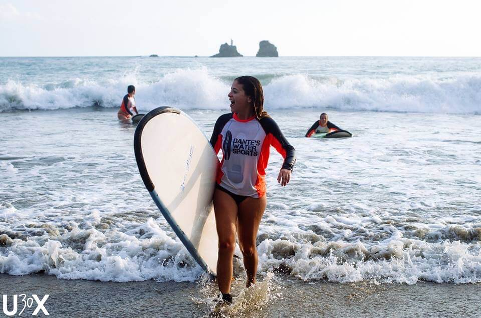 blog-what-you-learn-when-you-move-to-another-country-surfing-costa-rica