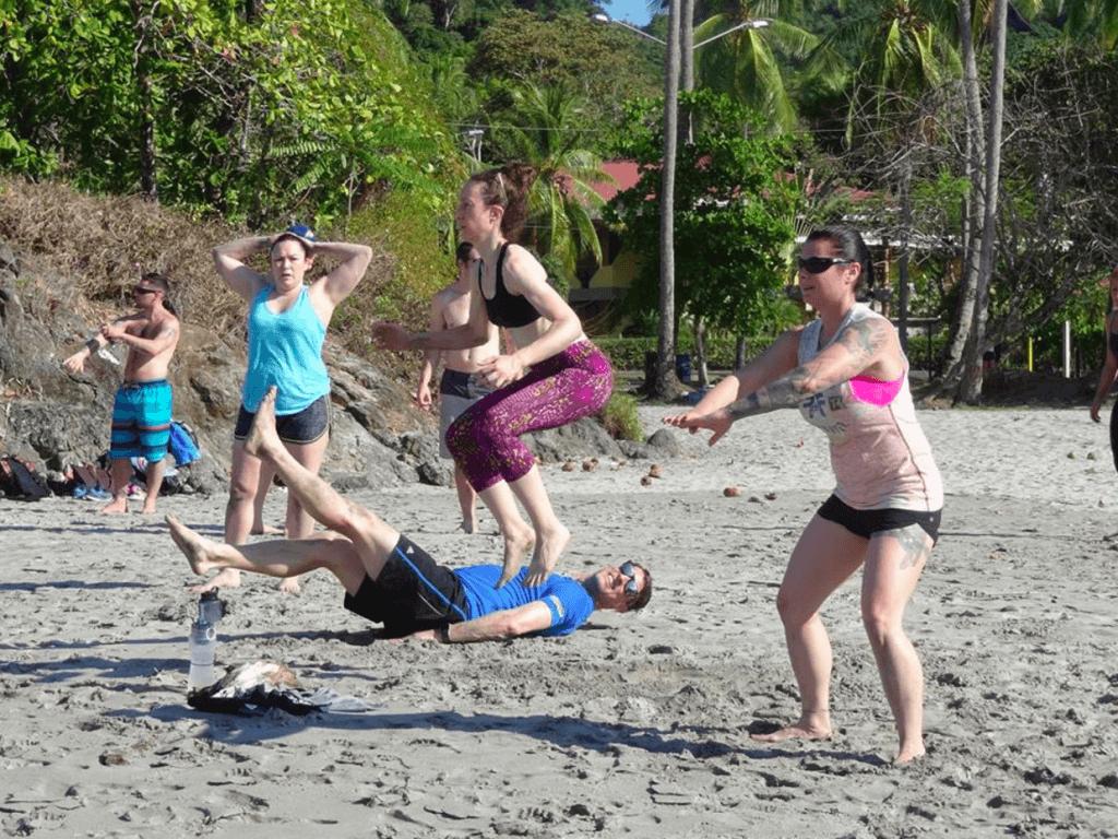 under30experiences-fitness-retreat-costa-rica-ocean