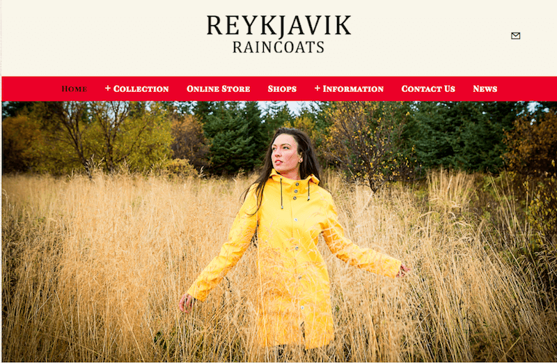 what-to-wear-in-iceland-girl-yellow-raincoat