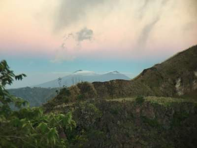 Blog-BALI-IS-MORE-THAN-EATING-PRAYING-LOVING-atop-mount-batur