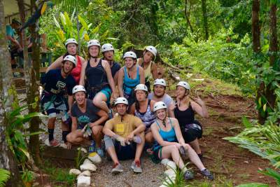 blog-Why-Group-Experiences-for-the-Solo-Traveller-is-Best-in-the-jungle