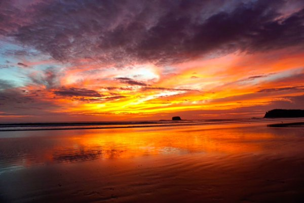 blog-Why-Nicaragua-Needs-to-Be-at-the-Top-of-Your-2017-Travel-Plans-sunset.jpg