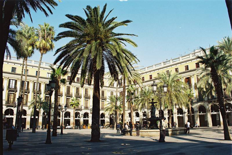 barcelona-guide-erichristian-gothic-quarter