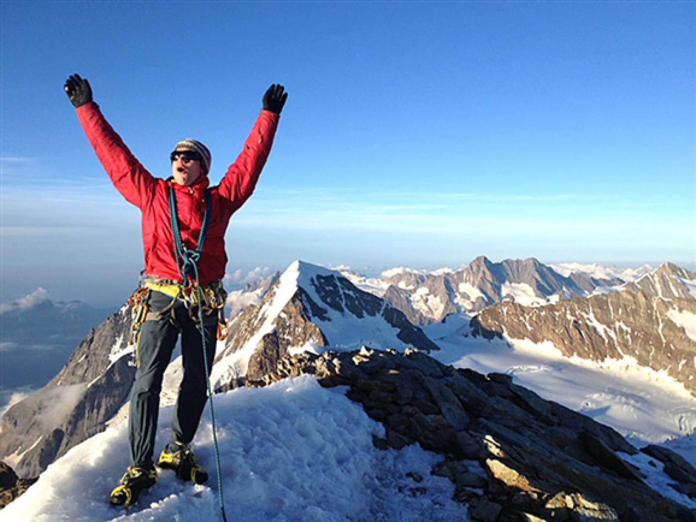 4 life lessons you can learn from mountain climbing