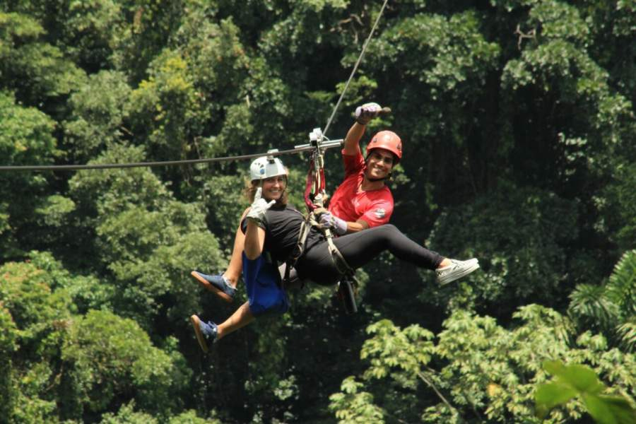 under30experiences-travel-blog-for-millennials-how-to-learn-a-language-date-a-local-zipline-guide