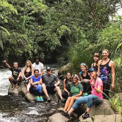 group-in-costa-rica-rainforest